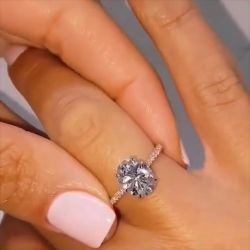 Rose Gold Oval Cut Engagement Ring